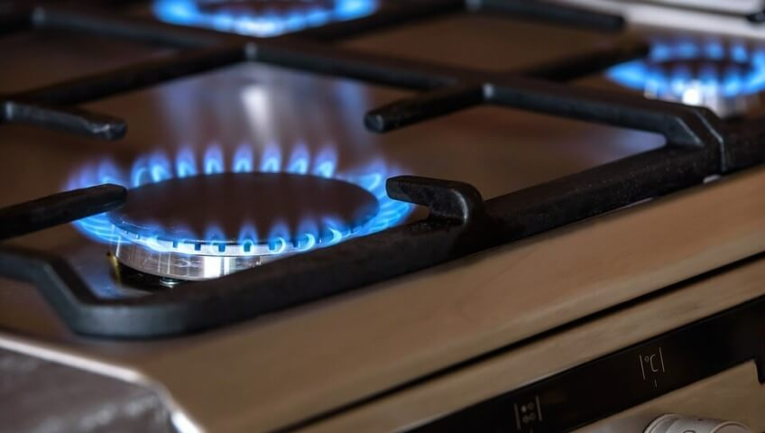 Bollette di luce e gas: gli italiani non sanno leggerle.